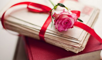 books-flower-pink-rose-Favim.com-317148