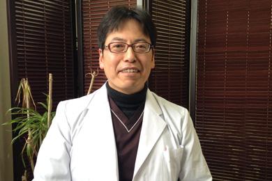 医療法人 枝川胃腸内科クリニック様 院長 枝川 豪先生写真
